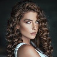 Elizabeth Shown